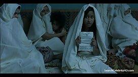 الفتيات في الأخضر للحصول على رخصة القيادة أمام كاميرا مواقع سكس عربي مترجم ويب.