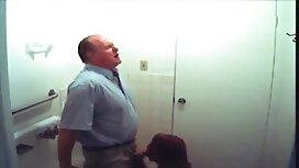 ألقى مواقع جنس مترجمه أحمر الشعر الساقين ، ورجل في المستقيم.