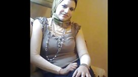 امرأة موقع سكس محارم مترجم عربي تدعو صديق الرجل على سكايب ولطيف لحليب آلة.