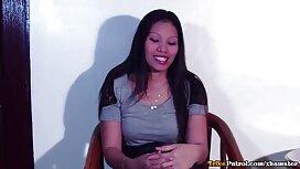 فتاة تئن من مواقع سكس مترجمة عربي الاستمتاع في غرفة الفندق