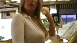 انها تظهر جسدها أمام كاميرا مواقع سكس مترجم عربي ويب,