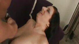 الفتيات الطرف ممارسة الجنس في ملهى ليلي. مواقع سكسية اجنبية