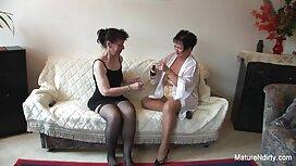 يتقاعد العروسين إلى الفندق ، ويريدون ممارسة الحب. ترجمة موقع سكس العرب